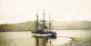 Pourquoi-Pas? then moored in Reykjavík harbor on September 15, 1936.